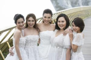 "GOLDEN BRIDGE RECEIVES VARIOUS VIETNAMESE CELEBRITIES IN FASHION SHOW ""A WALK TO THE SKY"""